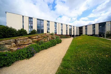 credit: http://www.bath.ac.uk/study/ug/accommodation/types/campus/marlborough-court/index.html