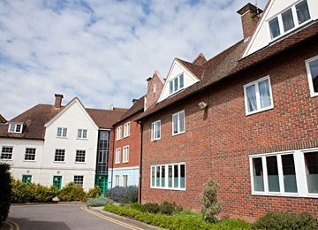 credit: http://www.canterbury.ac.uk/StudyHere/Accommodation/UniversityAccommodation.aspx