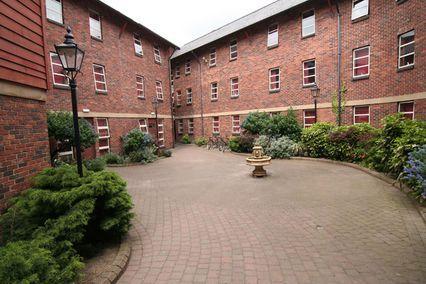 credit: http://www.shu.ac.uk/accommodation/residences/images/liberty-court/large/outside.jpg