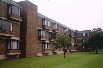credit: http://mcr.chu.cam.ac.uk/wp-content/uploads/2015/05/churchill_college_cambridge_student_halls.jpg