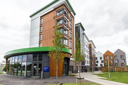 credit: http://www.herts.ac.uk/about-us/news/2015/may/bellingham-and-spalding-open-new-university-halls