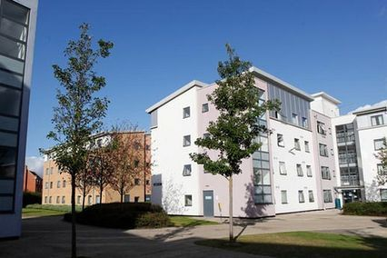 credit: http://www.herts.ac.uk/university-life/student-accommodation/where-to-live/de-havilland-campus