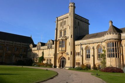 credit: https://www.tripadvisor.co.uk/Attraction_Review-g186361-d566340-Reviews-Mansfield_College-Oxford_Oxfordshire_England.html
