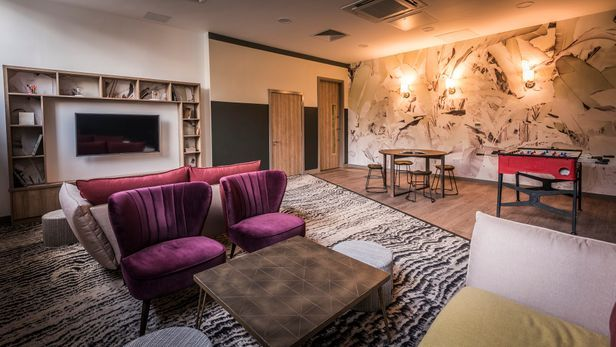 Hall Fontenoy Apartments - 2