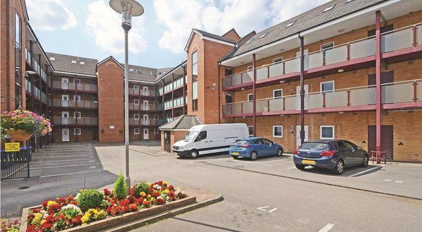 Hall Hassells Bridge Apartments - 9
