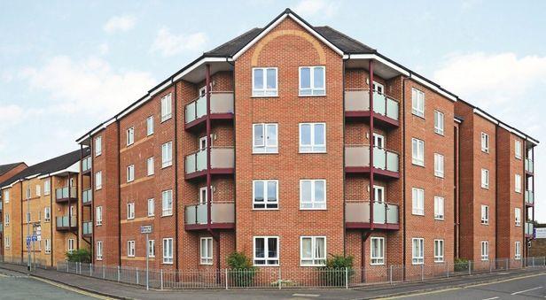 Hall Hassells Bridge Apartments - 1