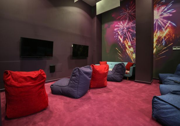 Hall iQ Astor House - 6