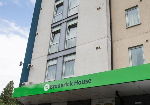 Hall iQ Broderick House - 0