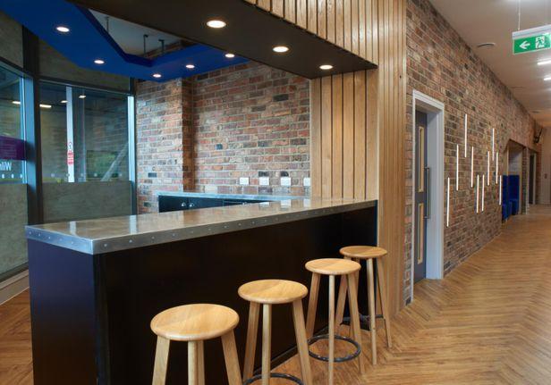 Hall iQ Kerria Apartments - 6