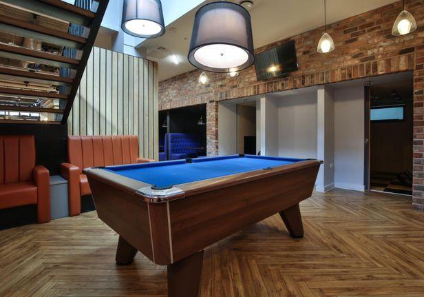 Hall iQ Kerria Apartments - 3
