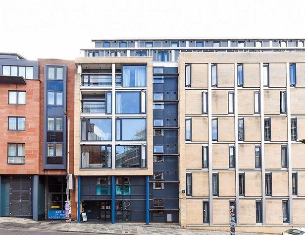 Hall Portsburgh Court, Edinburgh - 1