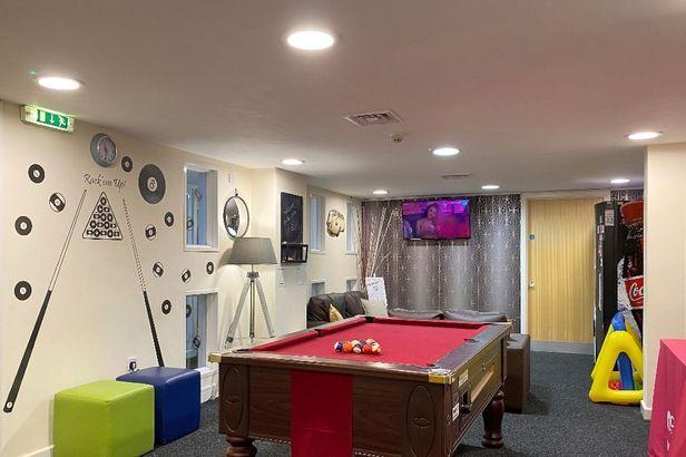 Hall The Cube - Loughborough - 6