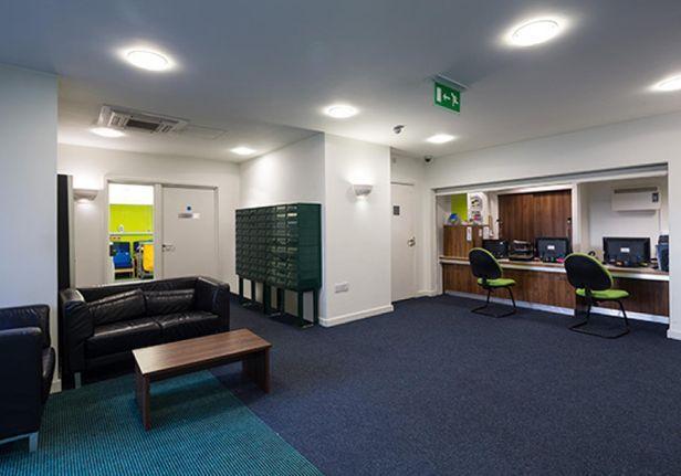 Hall Weston College - 2